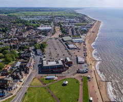 Live property market data for Hunstanton - house prices, price per square foot and rental yields
